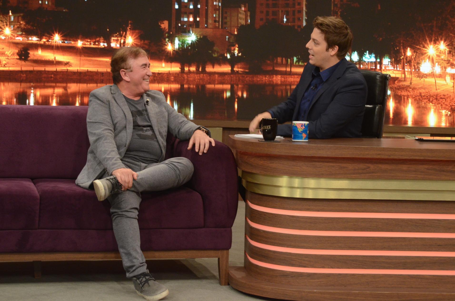 Amado Batista. Foto do site da O TV Foco que mostra Em entrevista para Porchat, Amado Batista pede volta da ditadura e Bolsonaro como Presidente