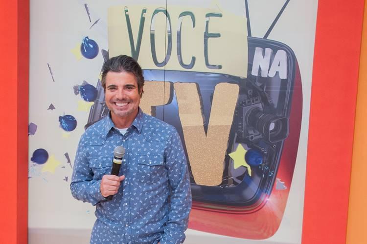 """""""Você na TV"""", comandado por João Kleber (Foto: Divulgação/RedeTV!)"""