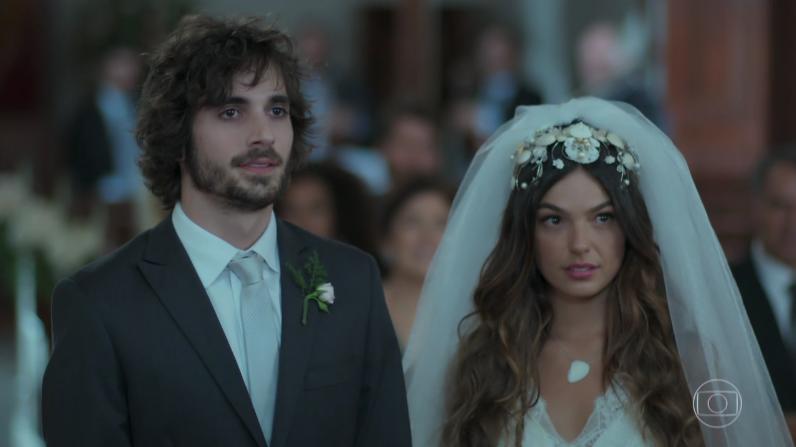 """Ruy (Fiuk) e Ritinha (Isis Valverde) em cena de """"A Força do Querer"""" (Foto: Reprodução/Globo)"""
