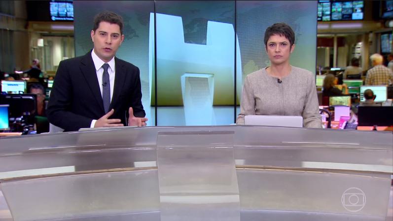 """Os apresentadores Evaristo Costa e Sandra Annenberg no """"Jornal Hoje"""" (Foto: Reprodução/Globo)"""