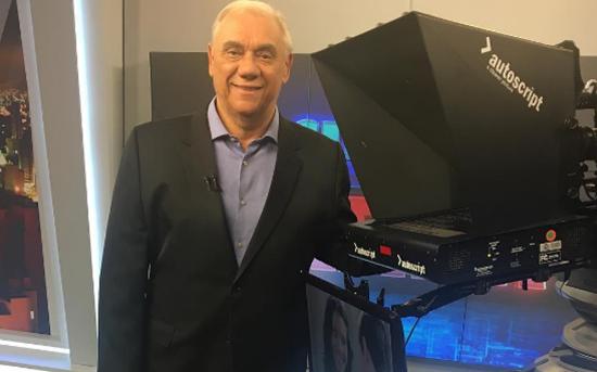 """Marcelo Rezende no estúdio do """"Cidade Alerta"""" (Foto: Reprodução/Instagram)"""
