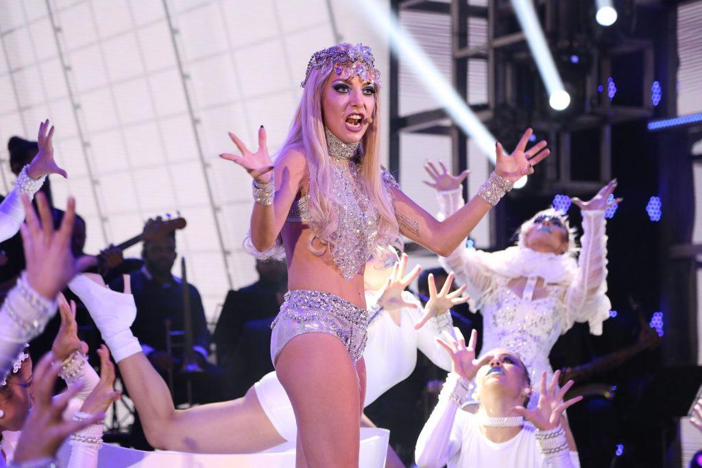 """Luiz Possi foi Lady Gaga no """"Show dos Famosos"""" (Foto reprodução: Gshow)"""