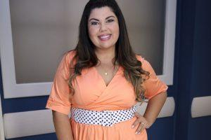 Fabiana Karla. Foto do site da O TV Foco que mostra Separada do marido, Fabiana Karla posa sensual em foto