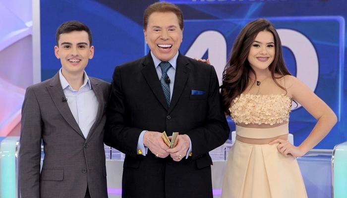 Silvio Santos com Dudu Camargo e Maisa em seu programa no SBT (Foto: Lourival Ribeiro/SBT)