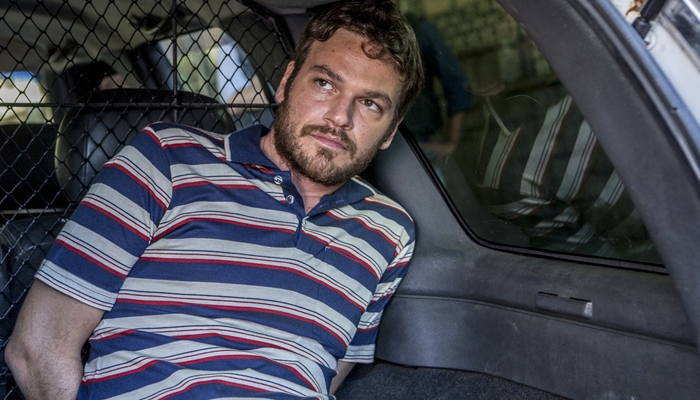 """Rubinho (Emílio Dantas) é preso em """"A Força do Querer"""" (Foto: Divulgação/Globo)"""