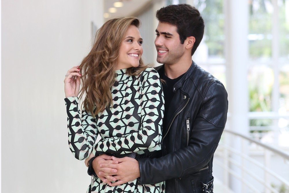 Juliana Paiva e o namorado (Foto: Divulgação)