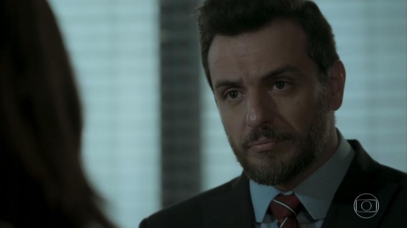 """Caio (Rodrigo Lombardi) em cena de """"A Força do Querer"""" (Foto: Reprodução/Globo)"""