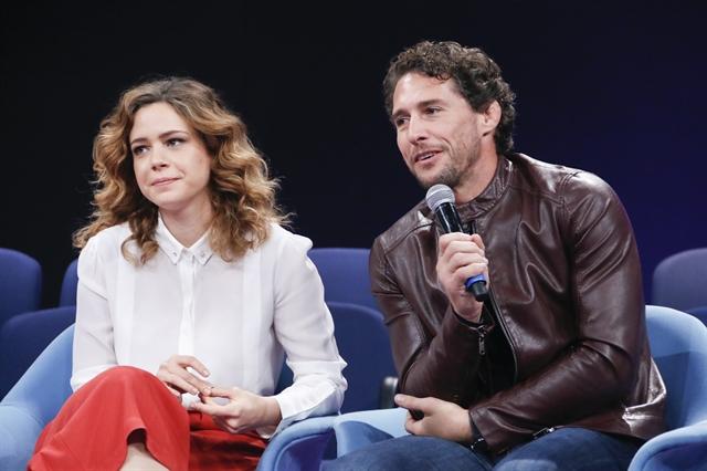 Leandra Leal e Flávio Canto na coletiva do 'Criança Esperança' 2017 (Foto: Globo/Marcos Rosa) globo