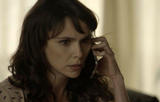"""Irene (Débora Falabella) em cena de """"A Força do Querer"""" (Foto: Divulgação/Globo)"""