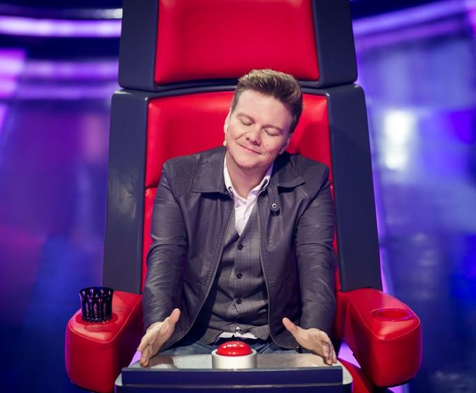 Michel Teló em sua cadeira no The Voice Brasil. (Foto: Isabella Pinheiro / Gshow)