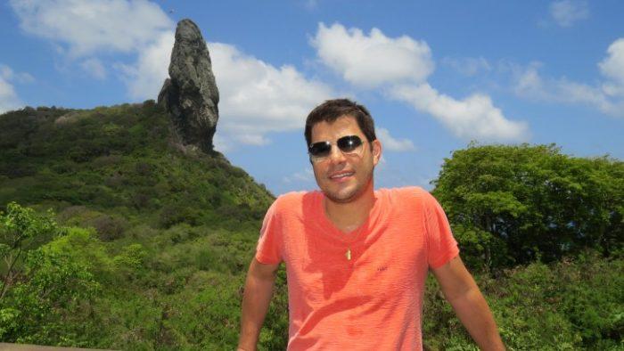 Evaristo Costa mudou-se recentemente do Brasil