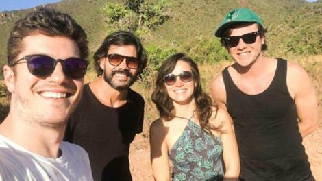 Caio Paduan, Juliano Cazarré, Bianca Bin e Sergio Guizé (Foto: Reprodução/Instagram)