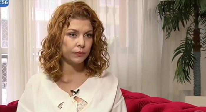 Barbara Borges. Foto do site da O TV Foco que mostra Atriz Bárbara Borges cai em armação de golpista e perde dinheiro