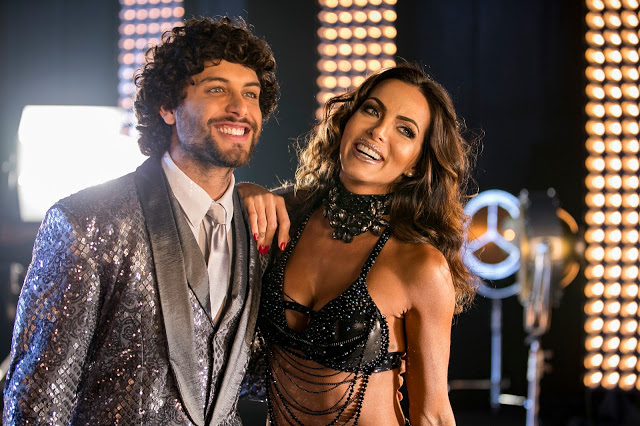 Carla Prata e Jesus Luz na gravação da abertura da segunda temporada do Dancing Brasil (Foto: Reprodução/Record)