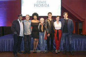 O elenco de Cidade Proibida no lançamento da série (Foto: Globo/Marilia Cabral/Mauricio Fidalgo)