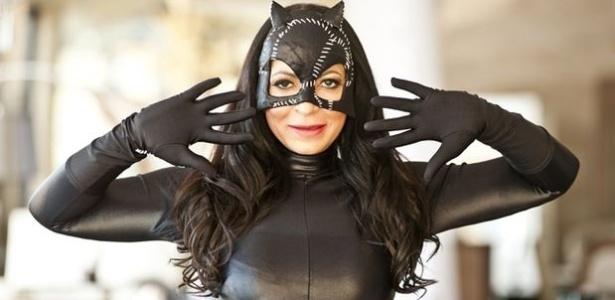 Sylvia Design fantasiada de Mulher Gato (Foto: Reprodução)