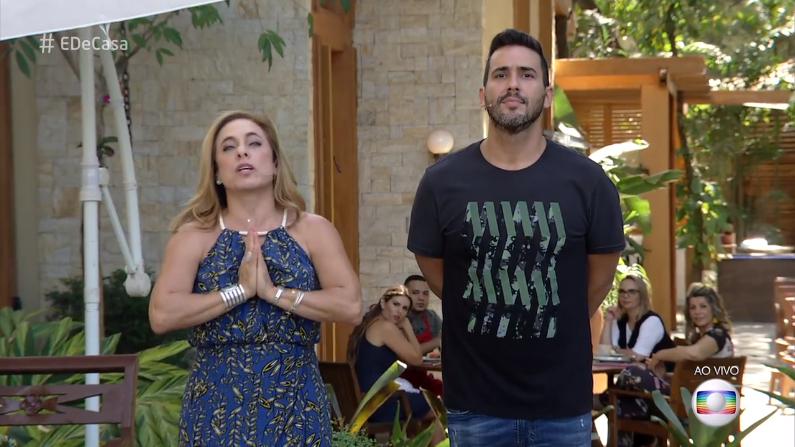 """Os apresentadores Cissa Guimarães e André Marques no """"É De Casa"""" (Foto: Reprodução/Globo)"""