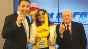 """Reinaldo Gottino, Fabíola Reipert e Renato Lombardi no """"Balanço Geral SP"""" (Foto: Reprodução/Instagram)"""