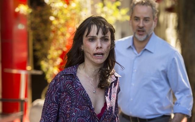 """Irene (Débora Falabela) e Eugênio (Dan Stulbach) em cena de """"A Força do Querer"""" (Foto: Globo/Estevam Avellar)"""