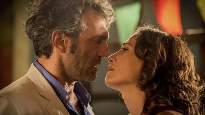 """Domingos Montagner e Camila Pitanga protagonizam """"Velho Chico"""". (Foto: Reprodução)"""