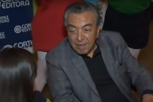 Maurício de Souza é surpreendido com pergunta de repórter. (Foto: Reprodução/TV Cultura)