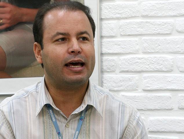 Lacombe Vildomar Batista é diretor do programa Aqui na Band (Foto: Divulgação)