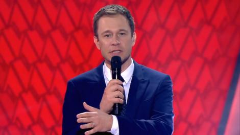 """O apresentador Tiago Leifert no """"The Voice Brasil"""" (Foto: Reprodução/Globo)"""