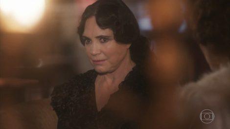 """Regina Duarte (Madame Lucerne) em cena de """"Tempo de Amar"""" (Foto: Reprodução/Globo)"""