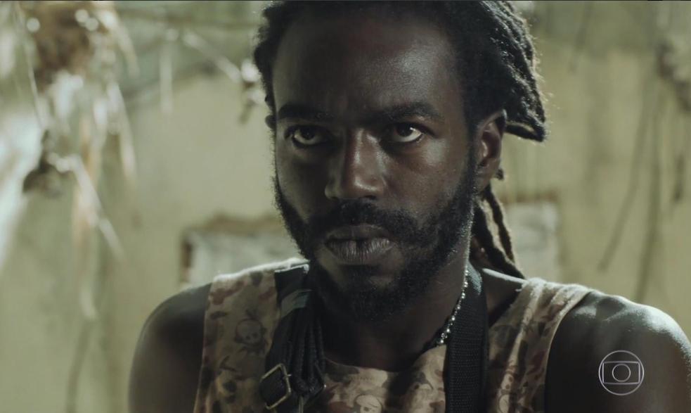 Jonathan Azevedo, o Sabiá, em cena do último capítulo de A Força do Querer (Foto: Reprodução/Globo)