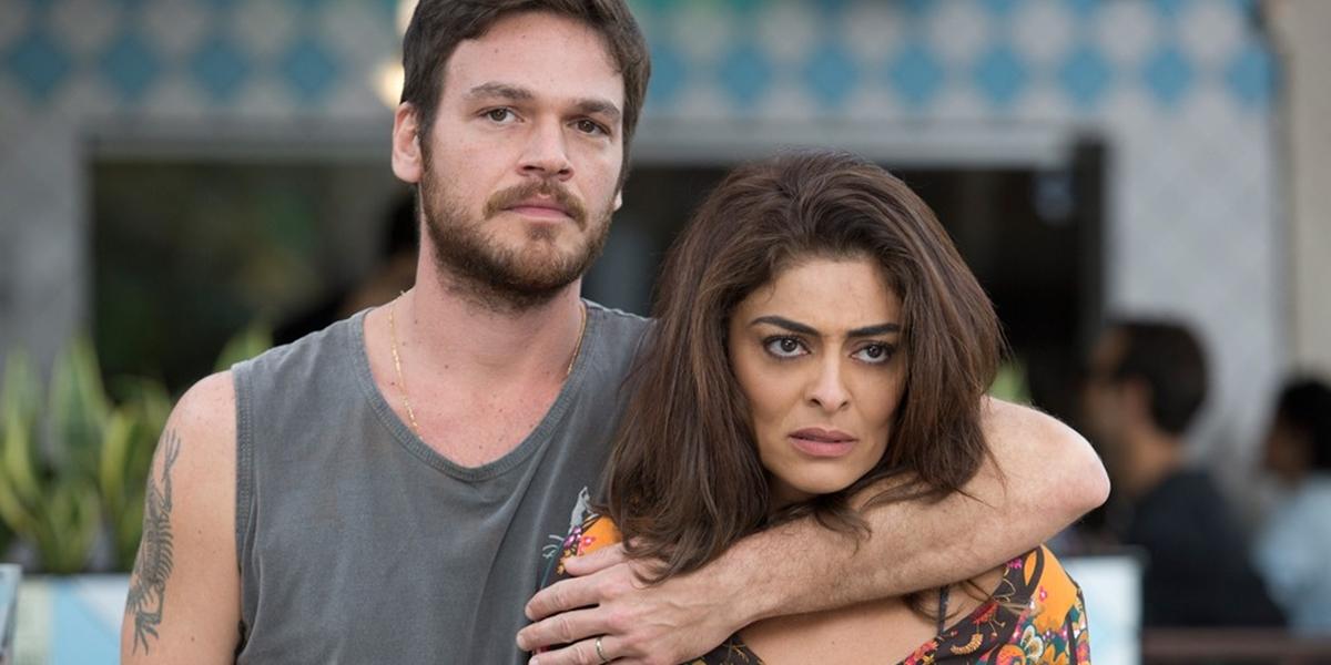Rubinho (Emilio Dantas) e Bibi (Juliana Paes) em cena de A Força do Querer (Foto: Divulgação/Globo)