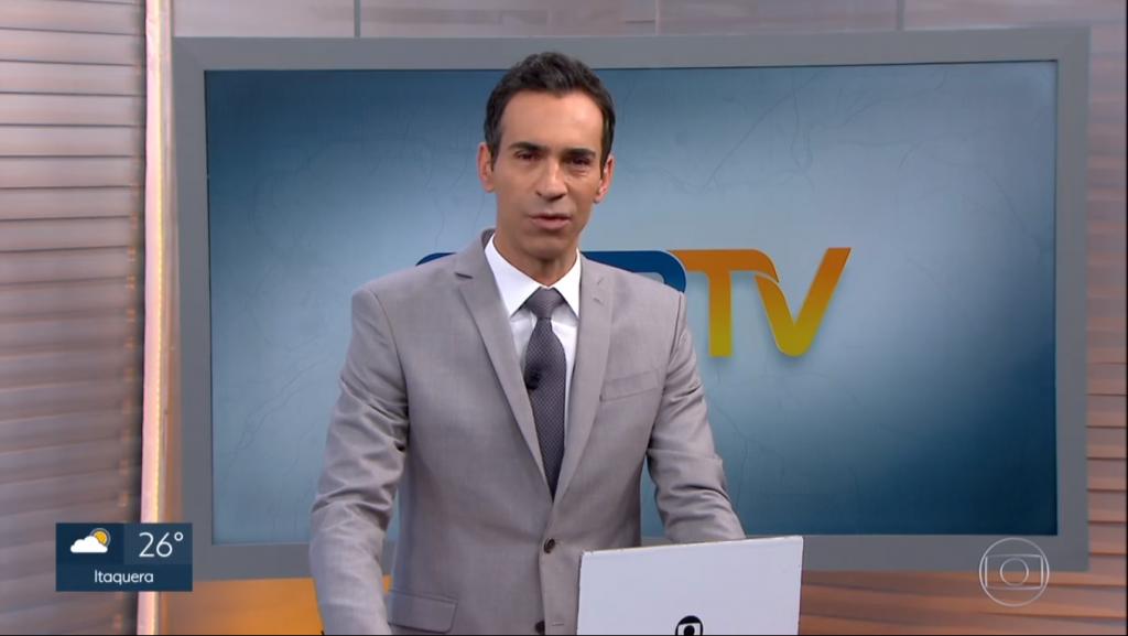 César Tralli na bancada do Jornal Nacional da Globo deverá migrar para a CNN Brasil (Foto: Reprodução)