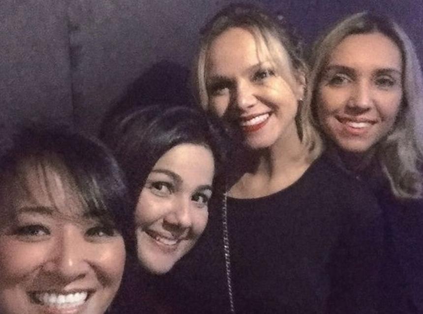 Eliana ao lado das amigas (Foto: Reprodução)