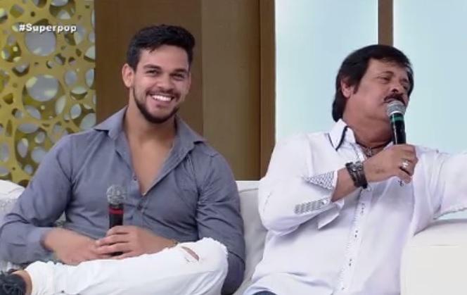 Caíque é o filho de Carllinhos Aguiar. (Foto: Reprodução/RedeTV