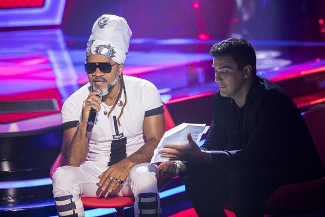 Carlinhos Brown e André Marques (Foto: Globo/João Miguel Júnior)