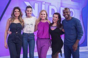 Mariana Santos, Camila Queiroz, Angélica, Fernanda Souza e Thiaguinho na volta do Vídeo Game (Foto: Globo/Victor Pollak)