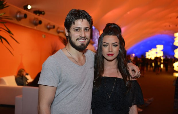 Daniel Rocha e a namorada, Laise Leal (Foto: Marcos Dantas/QUEM)