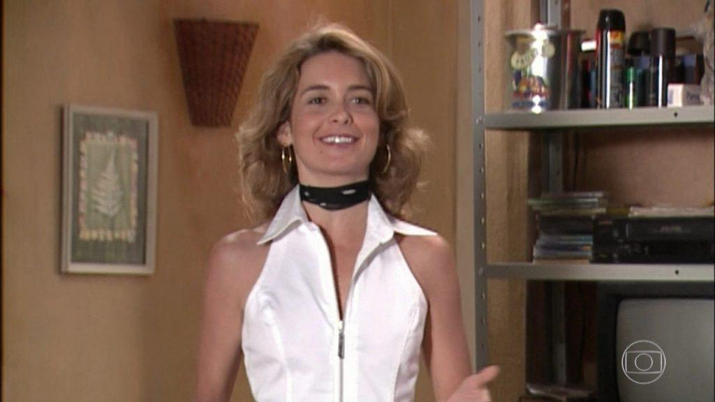 Laura (Claudia Abreu) em cena de Celebridade (Foto: Reprodução/Globo)