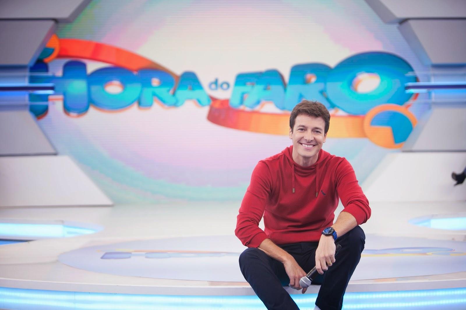 Rodrigo Faro em seu atual cenário (Foto RecordTV)