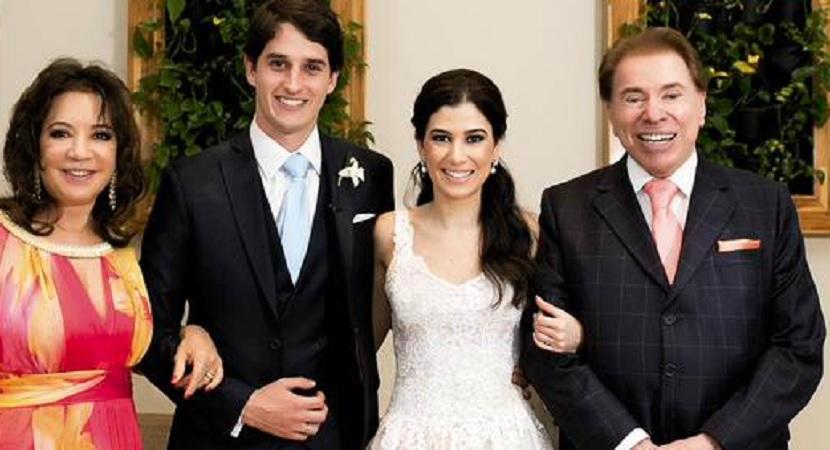 Renata Abravavel posa ao lado da família com o seu marido. (Foto: Reprodução)