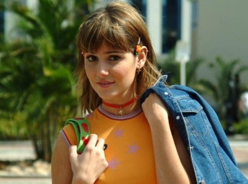 Darlene (Deborah Secco)