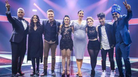 Técnicos e finalistas do The Voice Brasil 6 (Foto: Globo/Paulo Belote)