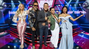Claudia Leitte, Carlinhos Brown, André Marques e Simone & Simaria no The Voice Kids (Foto: Globo/João Miguel Júnior)