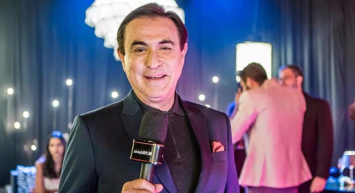 O apresentador Amaury Jr. volta a RedeTV! (Foto: Divulgação)