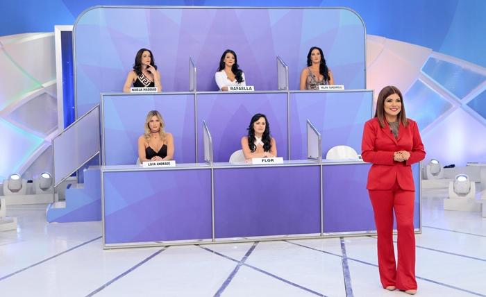 Jogo dos Pontinhos tem versão só com mulheres (Foto: Lourival Ribeiro/SBT)