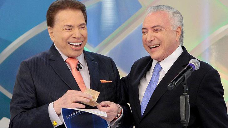 Silvio Santos com Michel Temer em seu programa no SBT (Foto: Reprodução)