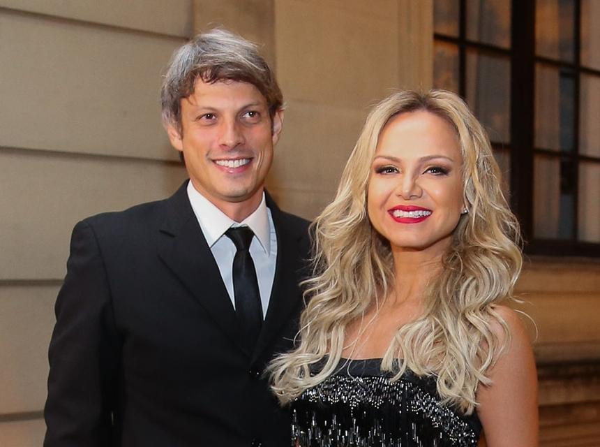 Adriano Ricco e Eliana vão se casar (Foto: Reprodução)