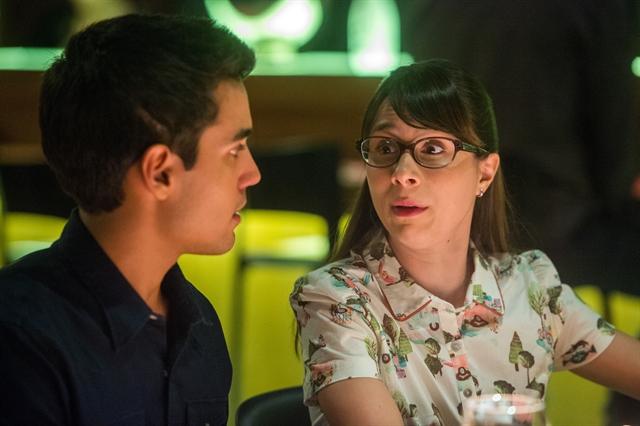 Guto (Bruno Gadiol) e Benê (Daphne Bozaski) em cena de Malhação: Viva a Diferença (Foto: Globo/Raquel Cunha)