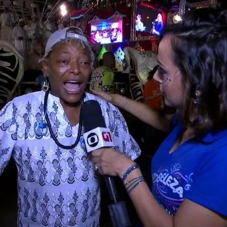 """A repórter da Globo, Patricia Falcoski chamou Mart'nália de """"amiga"""" de Martinho da Vila na cobertura do Carnaval (Foto reprodução Globo)"""