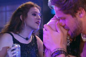 Polemica. Foto do site da O TV Foco que mostra Breno tasca beijos quentes em Paula e Ana Clara se manifesta no BBB18