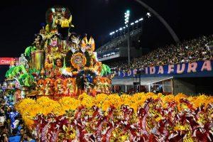 Paulo. Foto do site da O TV Foco que mostra Divulgada escola campeã no Carnaval de São Paulo em 2018 veja resultado